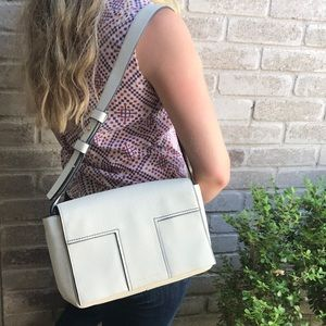Tory Burch White Pebbled Leather Shoulder Bag